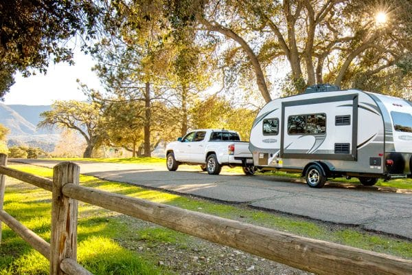Fifth Wheel vs Travel Trailer - Driveability