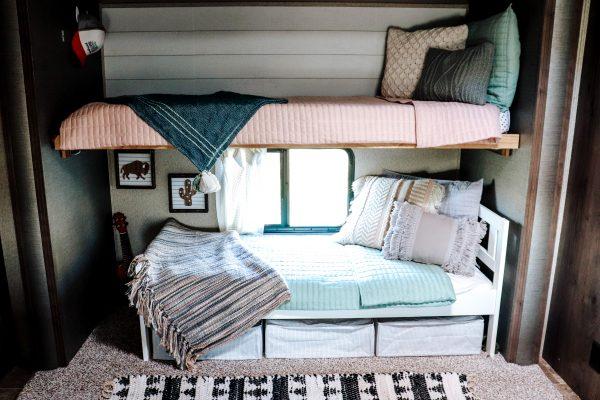 RV bunkbed bunkhouse